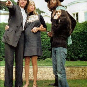 John, Yoko, Linda y Paul