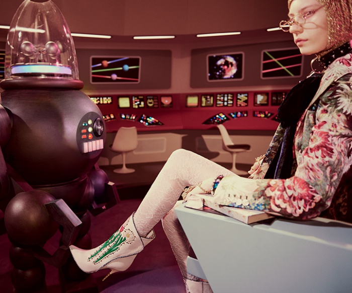 Gucci_Fall_winter_2017_campaign_Sci-Fi_trends_pattern_Star_Trek_marketing_Gucci_and_Beyond_04-700x582